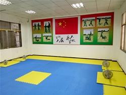 室内训练室